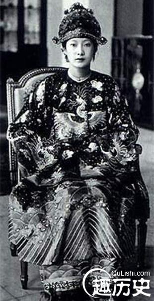 南芳为何失宠,绝色倾城的越南末代皇后:南芳皇后究竟有多美丽