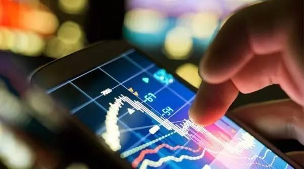 股 在趋势线买入,股票技术分析:股价向上突破下降趋势线时买入