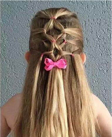 小孩子两股辫子,8款编发小女孩发型,造型美美哒!
