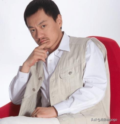 黄渤的恩人,北大的学霸,娶了个性感尤物,更是东北第一狠人