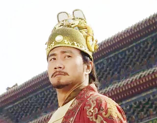 朱元璋杀功臣为什么不反抗,朱元璋杀了那么多功臣,为何唯独不敢动他?谁才是老实的聪明人