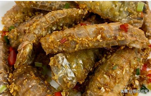 美食推荐:椒盐皮皮虾 、吮指香辣虾、凉拌香菜、自制周黑鸭鸭舌