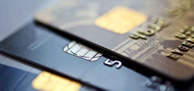 平安银行信用卡,从平安银行近三年年报中发现信用卡逆市增长秘密