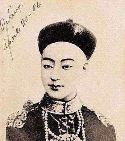 珍妃真人照片,光绪皇帝后宫女子照片:看了珍妃相貌复原图,就会明白为何得宠!