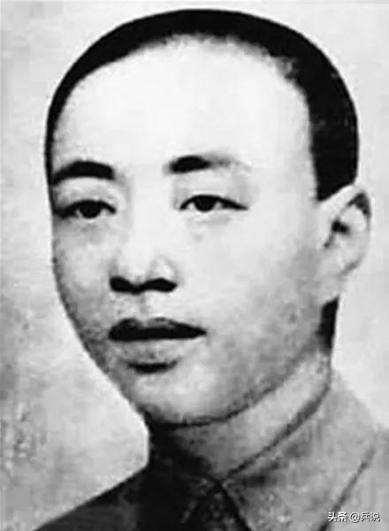 西江月·井冈山,毛主席演绎空城计,1发神奇炮弹扭转战局,写下《西江月》