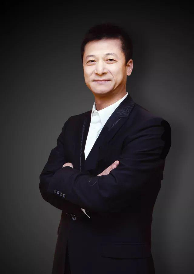 """权健股票代码是多少,""""没地方花钱""""的束昱辉投资了这些上市公司"""