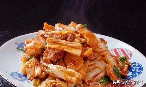 菜谱:五花肉炒白菜,香煎三文鱼,青花椒酸菜鱼,腊肉干锅茶树菇