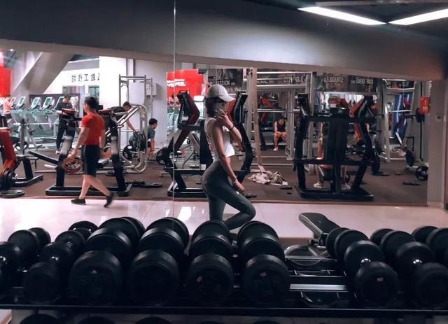 健身房才是美女集中营,里面的大妞让人血脉喷张 | 食色性也