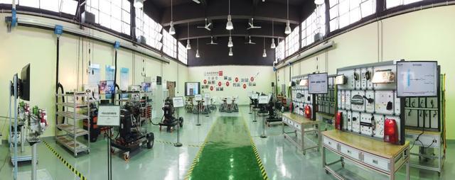 车拉夫助力埃及鲁班工坊,为一带一路国家汽车教育保驾护航